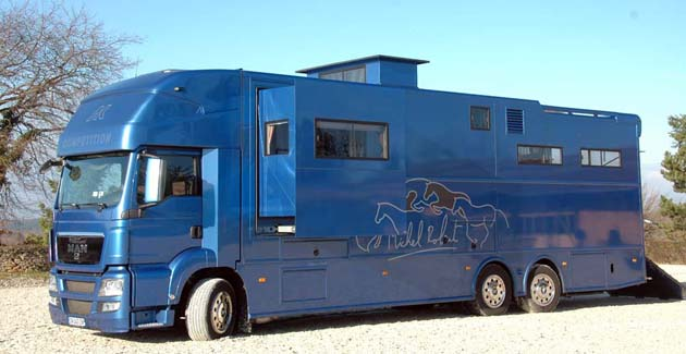 micro onde pour camion trouvez le meilleur prix sur voir. Black Bedroom Furniture Sets. Home Design Ideas